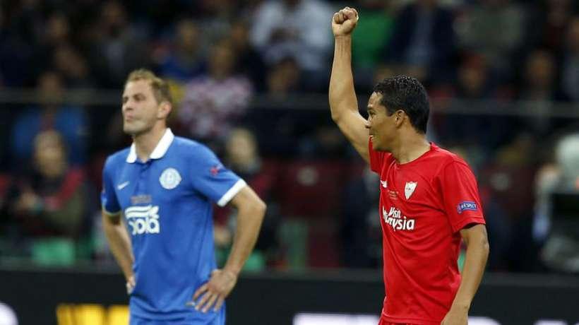 A sus 28 años, y después de dos temporadas defendiendo los colores del Sevilla, Bacca se va para el Milan. Foto ©Maxppp /fichajes.com