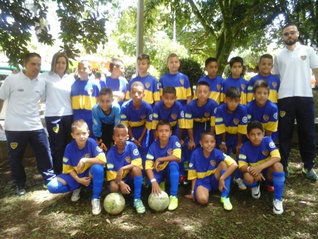 Prepony de Boca Juniors Coogranada que participa en la Copa Cipa.