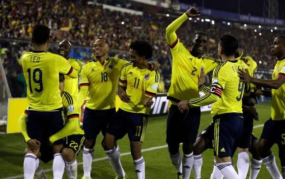 Santiago de Chile. Colombia, con mejor fútbol,  ha besado los labios de la noche y por eso regresan  la alegría y la esperanza. Foto AP