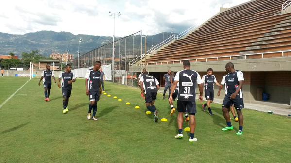 ENVIGADO. Preparación del DIM, amistoso de lunes (6) contra Jaguares. Foto tomada de la cuenta Twitter del DIM.