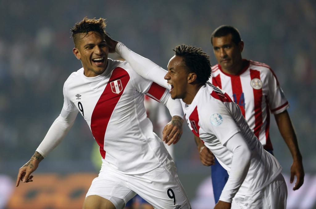 CONCEPCIÓN. Paolo Guerrero  y André Carrillo marcaron en la victoria este viernes de Perú 2 x 0 ante Paraguay que lo llevó al tercer puesto de la Copa América. Foto AP