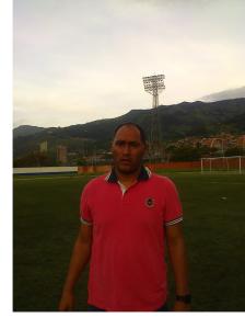 John Jairo Quiñones Hernández, técnico de Bello. Líder del Grupo A. Foto Carlos Julio Serna