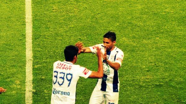 Miércoles 23 de septiembre. El partido terminó 1-0 a favor del Pachuca con gol de Jara. Acá el momento del debut del hijo de Miguel Calero. Minuto 86.  Imagen: @Patinho92.