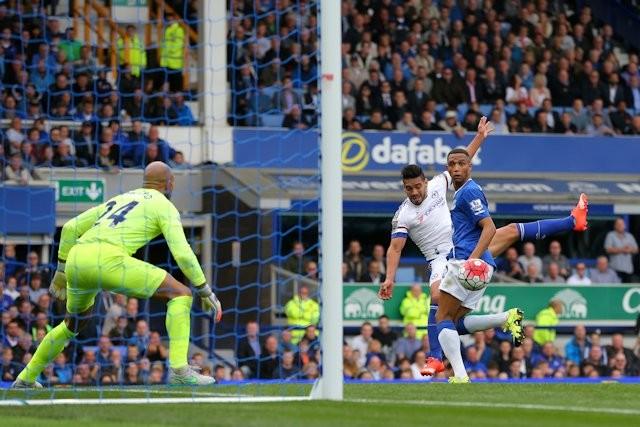 Falcao entró en el minuto 70, ya el Chelsea perdía 2x1. Finalmente derrota 3x1 para los de Mourinho con el local Everton. Foto tomada de la página web del Chelsea.