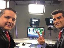 Studio Parade (en el estudio con otro presentador) - Junto a Adhemar Montagne (peruano - presentador principal de las mañanas en NY 1 Noticias) en el set de NY 1