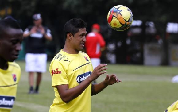Hernán Pertuz, barranquiller0, 26 años, defensor, con Colombia en el Sudamericano JUvenil (2009), debutó profesionalmente con el DIM (2007). Jugó una temporada con el FC Dallas de la MLS (2012). Reaparecerá este sábado en el lugar que dejó Andrés Mosquera por suspensión. Foto Juan Antonio Sánchez / El Colombiano