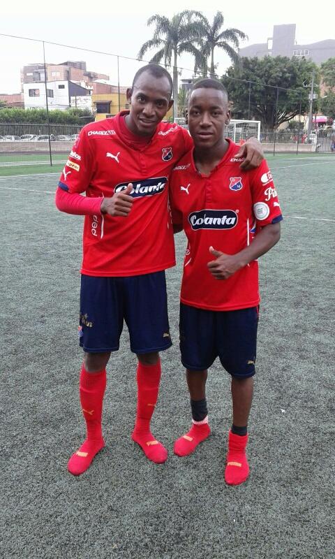 Diego Herazo y Ever Valencia, los otros goles del DIM. Foto Carlos Julio Serna.