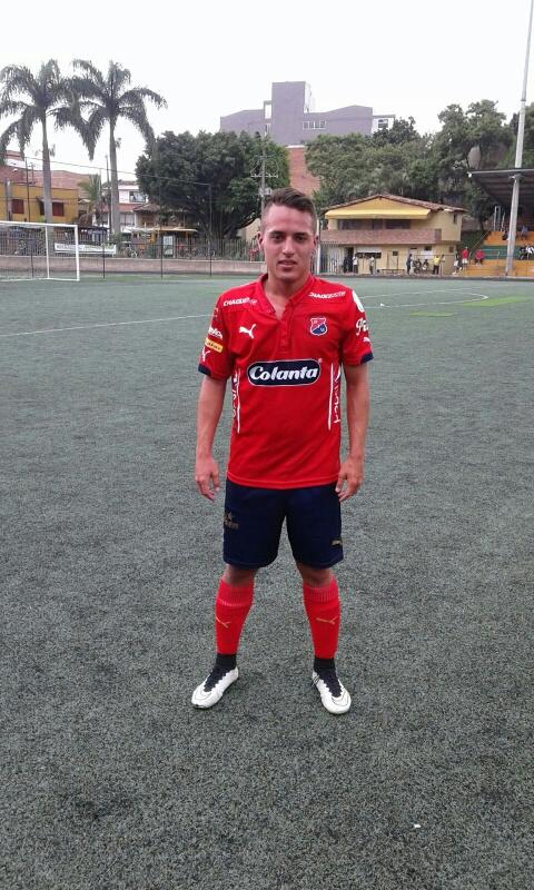 Nicolás Castaño, gol de triunfo para el DIM. Foto Carlos Julio Serna