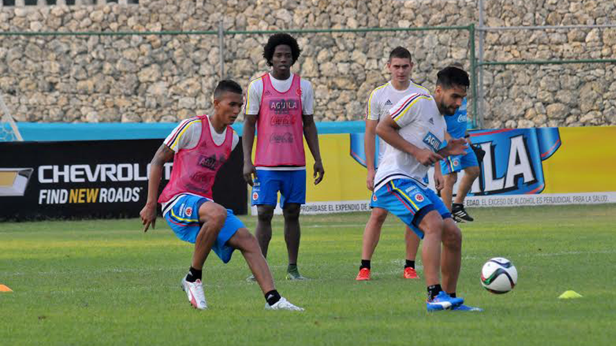 BARRANQUILLA. Falcao, Meza, Carlos Sánchez, Santos Borré. Está completo el grupo de los 25. Foto Colfútbol