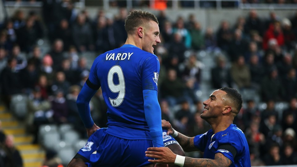 Registros en abundancia para Leicester City después de su victoria por 3-0 sobre el Newcastle United les trasladó a la parte superior de la Barclays Premier League el sábado por la tarde.  Foto Fifa.com
