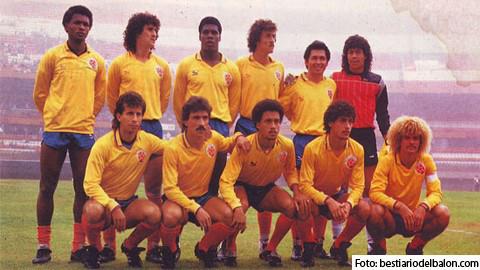 Esta fue la Selección Colombia que perdió una semifinal con Cuile en 1987. IDENTIFIQUELOS... Foto apuestagol.co