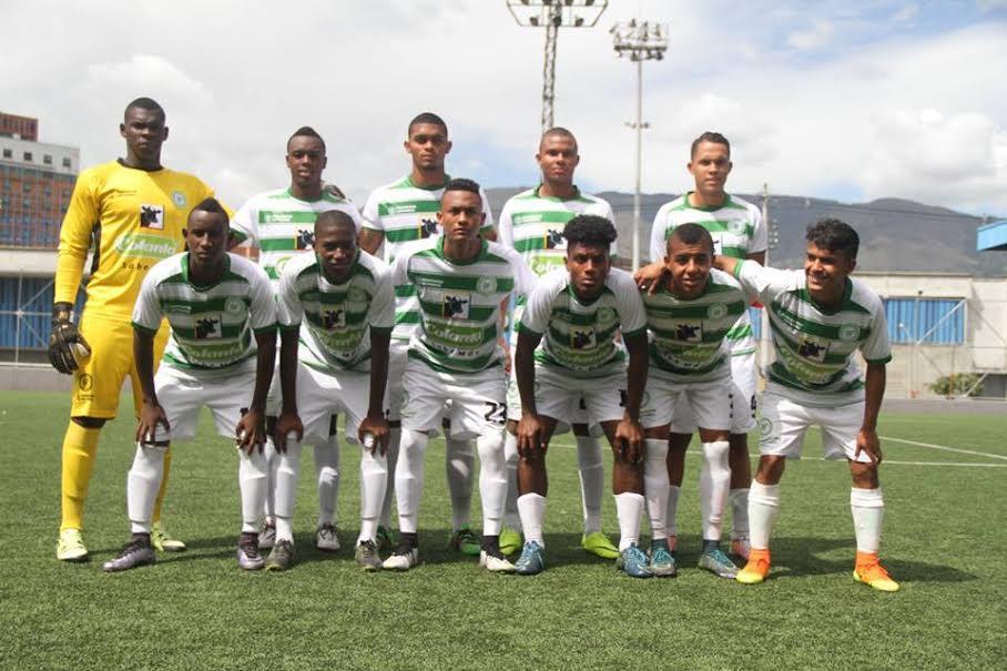 Selección Antioquia Juvenil que clasificó como segunda en la semifinal de Medellín. Foto Comunicaciones Liga Antioqueña.