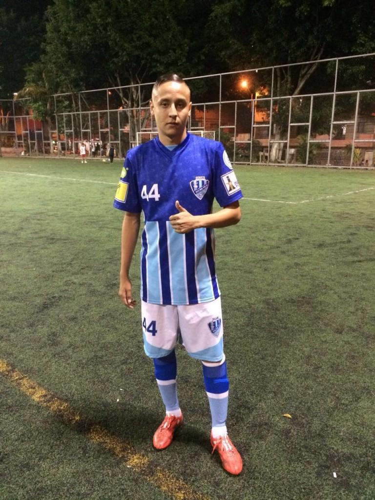 Camilo Urrea, lateral izquierod de Molino Viejo. Foto Carlos Julio Serna / Cápsulas.