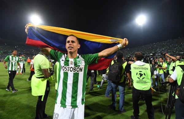 Alejandro Guerra, de Atlético Nacional, es el primer venzolanp en ganar una Copa LIbertadores. Foto tomada de la página de la Conmebol.