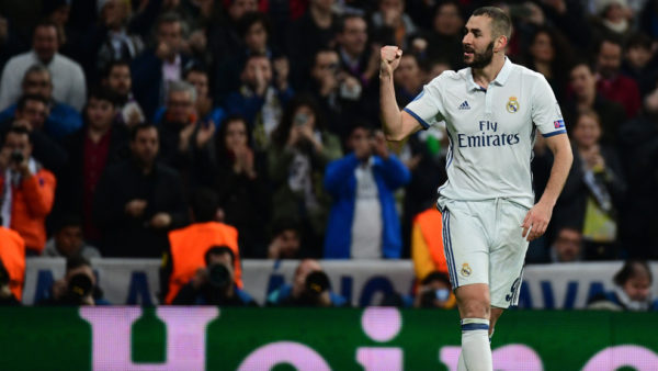 Doblete de Benzema este miércoles en el empate a 2 goles de Real Madrid con Borussia. El segundo de los merengues con asistencia de James. Foto tomada de la página UEFA.