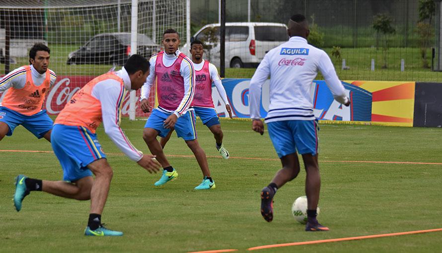 Cuatro nuevos convocados por Pékerman: 3 de Brasil, 1 de Argentina