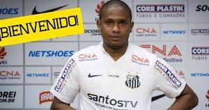 Edwin Valencia con una temporada buena y otra pésima con Santos que lo dejo libre. Foto colombia.as.com