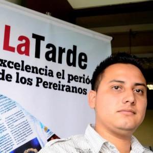 Julián Muñoz Lenis, maneja los deportes. Felicitaciones a las Tarde por esos cuarenta.
