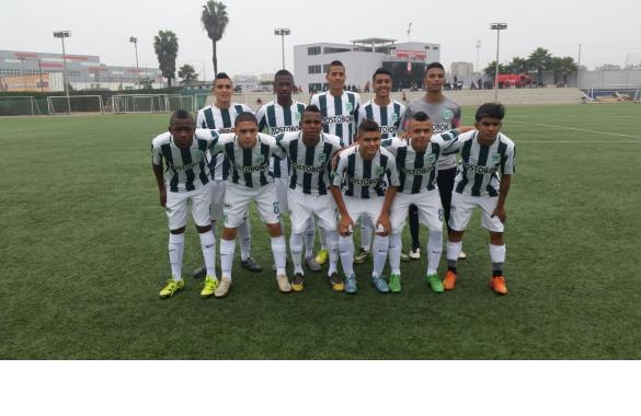 Atlético nacional Sub-15 venció hoy a la Selección de Perú 2 x 0, amistoso internacional de preparación para los incas de cara al Sudamericano.