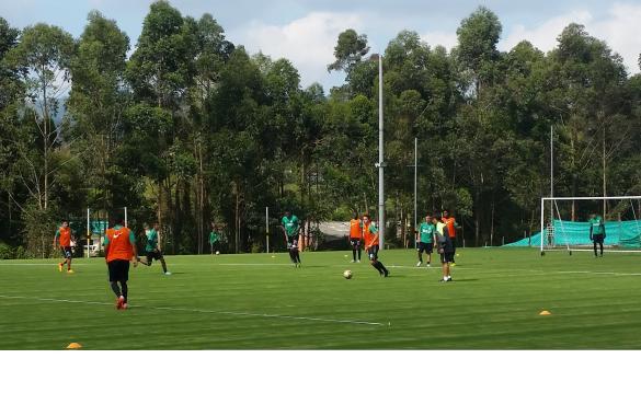Primera práctica este jueves (14) de Andrés Ibargüen en la sede de Guarne. Y en Miami el resto del plantel, 25 jugadores. Foto tomada de la página web de Atlético Nacional.