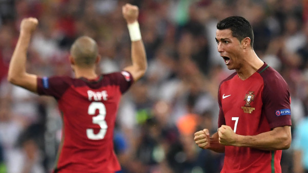 Portugal no falló desde los once metros y jugará sus cuartas semifinales en las últimas cinco ediciones de la Eurocopa. Foto   FRANCISCO LEONG/AFP/Getty Images), tomada de la página web de la UEFA.
