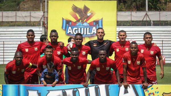 Rionegro Águilas contabiliza tres victorias consecutivas desde que el técnico Néstor Otero reasumió el cargo: 1-0 visitante ante Cortuluá, 4-0 local frente a Equidad y este domingo 2-1 al Huila en Ibagué. Ocupa el puesto décimo con 18 puntos y un juego menos.