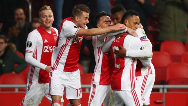 El Ajax, con Mateo Casierra (de reojo se alcanza a ver) titular todo el partido, consiguió la cuarta victoria que lo consolida como líder del grupo G.  Foto tomada de la página web de la UEFA.
