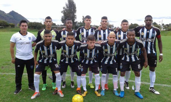 BOGOTÁ. Club Cyclones Cali en la jornada que venció de visitante a Millonarios 2x1. Foto Carlos Julio Serna / Cápsulas.