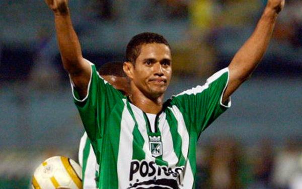 Marcelo Ramos, brasilero, llegó en el 2005 recomendado por Víctor Aristizpabal. No le fue bien. Estuvo en el 5-1 del General Díaz, entró en el minuto 62 por Aristizabal. Foto http://www.elcincocero.com/